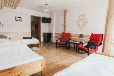 Zdjęcie 2 - Przy szlaku pokoje i apartamenty